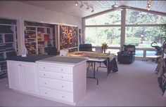 Carol Taylor's Quilt Studio - what lovely light sewing area, art studios, sky lights, sewing rooms, quilt studio, scrap room, quilt room, dream rooms, craft rooms
