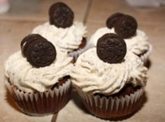 Jeremys choice for his birthday cupcakes. Oreo cookie cupcakes! birthday-party-ideas