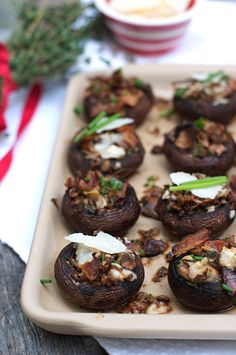 Stuffed Mushrooms Recipe with Bacon & Parmesan Cheese