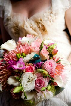#Bouquet | La Vie Photography | On SMP: http://www.stylemepretty.com/2009/02/04/blogger-favorite-junebug-weddings/