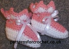 Sweet Baby Crochet Pattern for Booties from http://www.patternsforcrochet.co.uk/baby-booties-usa.html designed to fit 0-3 month babies. USA and UK format.