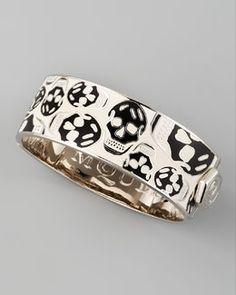 Alexander McQueen Medium Enamel Skull Bangle, White/Black