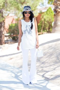 @WalkinWonderland glows in our effortless #linen #flare! #OOTD #Blogger outfit, walk