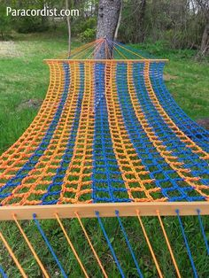 I'm excited to now offer these one of a kind #paracord hammocks at #Paracordist Creations! Each is handmade with over 2,000 feet of #550cord! #preppertalk #Preppers #survivalist #bushcraft #preparedness #camping (http://www.paracordist.com/paracord-550-cord-handmade-hammock/)