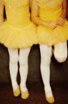 limónballerinas  ~ Yellow and brown