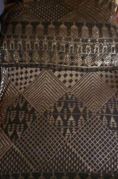 Egyptian Art Deco Silver Black Silk Woven Assuit Shawl Wrap Circa 1900 1930