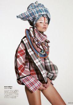 Numero fashion editorial, plaid
