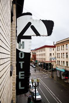 Ace Hotel / Signage: Neon, Windows, Wayfinding / The Official Manufacturing Company