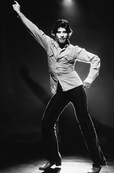 John Travolta. ☚