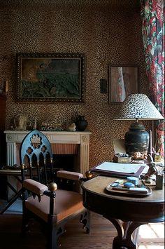 maison jean cocteau - leopard walls