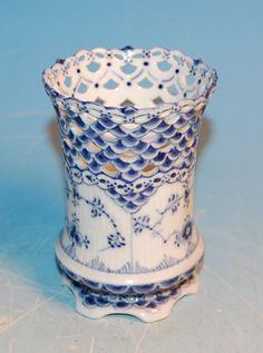 PP Vase 1016 Blue Fluted Full Lace Royal Copenhagen | eBay