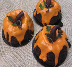 Pumpkin Decorated OR Regular Mud Cake Recipe BOTH included!