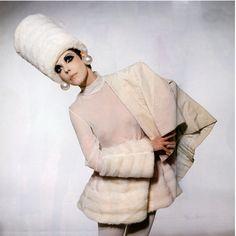 Peggy Moffitt fashion styles, peggi moffitt, 1960s fashion, 1960s model, vintage birthday, earring, design, rudi gernreich, hat