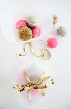 An edible glitter cookie!!! recipe for glittering cookie sandwiches