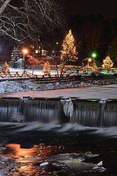 Christmas in Chagrin Falls, Ohio, USA