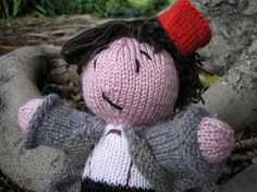 Knit Matt Smith Big and Cuddly  Free Download Pattern (Scroll Down)
