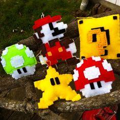 Felt Mario Bros pixelated ornaments - so clever!