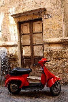 ¡Clásica! Encuentra ofertas de motos en www.iBazar.com.mx