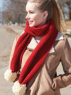 Go To Seed Scarf | Yarnspirations #knit