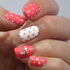 dolphin accent nail :)