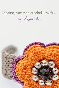 Spring/summer crochet bracelet by Anabelia