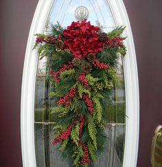 """Christmas Teardrop Swag Door Decor..""""Seasons Greetings"""""""