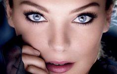 mascara, beauty tips, blue fashion, color, makeup ideas, eye makeup tips, blue eye makeup, deep blue, baby blues