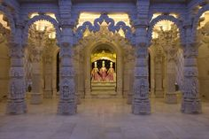 A triumph of Indian stone carving, the BAPS Shri Swaminarayan Mandir became Europe's first traditional Hindu temple when it was completed in 1995