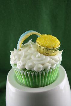 Pot o gold cupcakes!