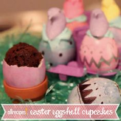 Easter Eggshell Cupcakes | It's a cupcake! It's an Easter egg! It's the best of both worlds.