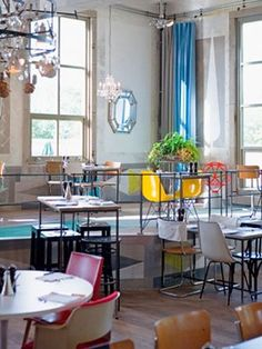 Villa Augustus - Hotel, restaurant, café, markt & tuin [Dordrecht - Nederland]