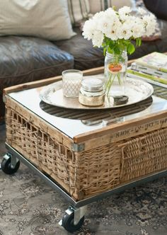 Great DIY coffee table!