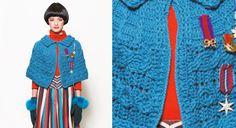 Une #cape #bleue au #crochet en #motif #Aran