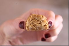 Protein energy snack.  -5 tablespoons and 1 teaspoon of natural peanut butter.  -4 tablespoons of honey.  -1 scoop vanilla protein powder.  -3 tablespoons quinoa flakes or rolled oats.  -mix it all together, roll into ball and refrigerate before eating.
