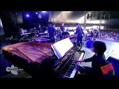 Steve Reich & Ensemble Concert  Tip: kijk eens met je schoolorkest naar deze bijzondere groep muzikanten en hun eigentijdse bezielde muziek!