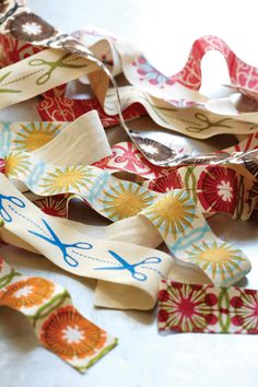 DIY ribbons, from Mastering the Art of Fabric Printing and Design by Laurie Wisbrun.