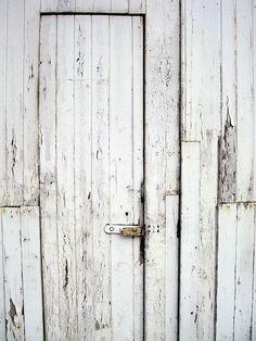 What's behind the door? #nokia #white #nokiawhite