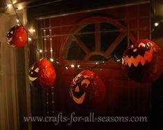 DIY Halloween party decor: paper mache pumpkin light strand.  This is a good site for any holiday!