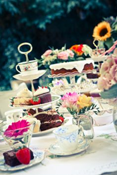 Beautiful afternoon tea perfect #hen party idea