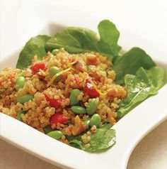 Vegetarian or vegan? Here's the salad for you! Warm Quinoa Salad with Edamame and Tarragon is really gorgeous, isn't it?