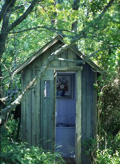 Outhouse (yeap we had one) hous