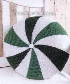 Вязание подушки из цветных клиньев
