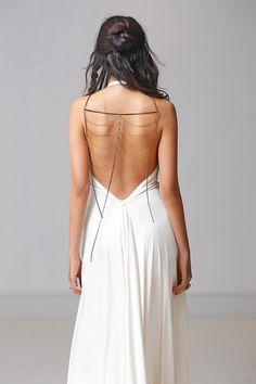 Carol Hannah 2015 bridal collection http://ruffledblog.com/ruffled_galleries/carol-hannah-2015-bridal-collection #weddingdress #carolhannah