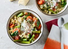 Crock Pot Springtime minestrone. Can not wait to make this.