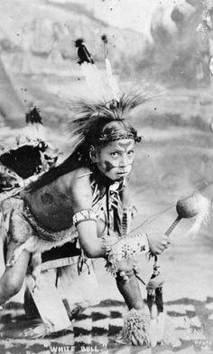 Young White Bull (the son of Joseph White Bull), Mniconjou Lakota, circa 1915.