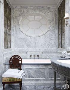 A Splendid Soak - Bathtubs
