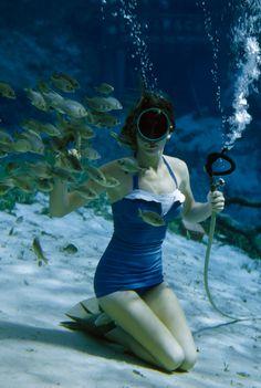 underwater photos, 1950s, swimsuit, national geographic, florida