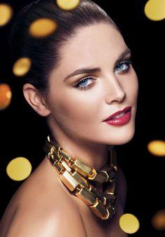 Beautiful Holiday Makeup