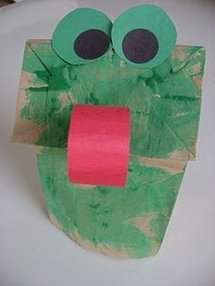 Frog Puppet from paper bag