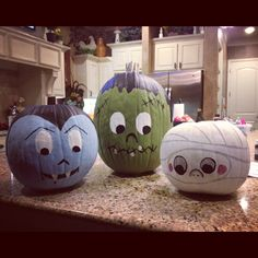 Cute ideas for pumpkin painting time!